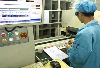 SMT монтаж компонентов на плату